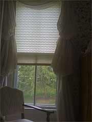 bedroom_window